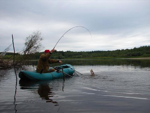рыбалка спиннингом на щуку в июле видео